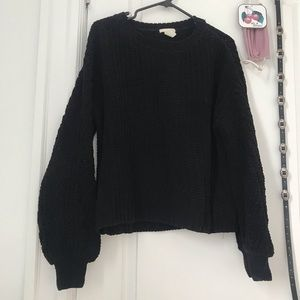 H&M large knit bubble sleeve sweater